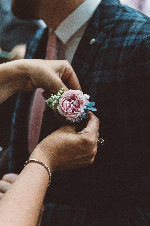 Wedding-Bethan-and-Mike-Hortus-Botanicus-photography-On-a-hazy-morning-Amsterdam023.jpg