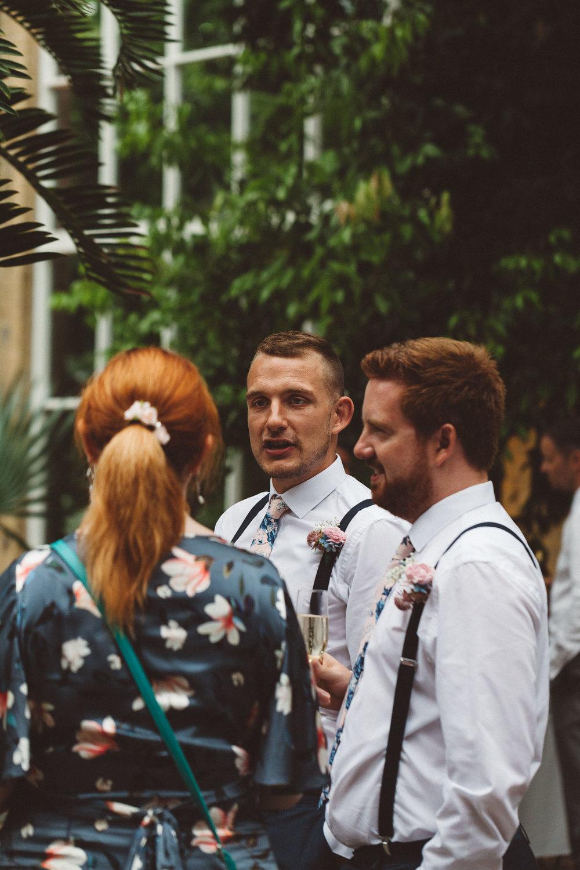 Wedding-Bethan-and-Mike-Hortus-Botanicus-photography-On-a-hazy-morning-Amsterdam119.jpg