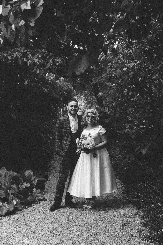 Wedding-Bethan-and-Mike-Hortus-Botanicus-photography-On-a-hazy-morning-Amsterdam141.jpg