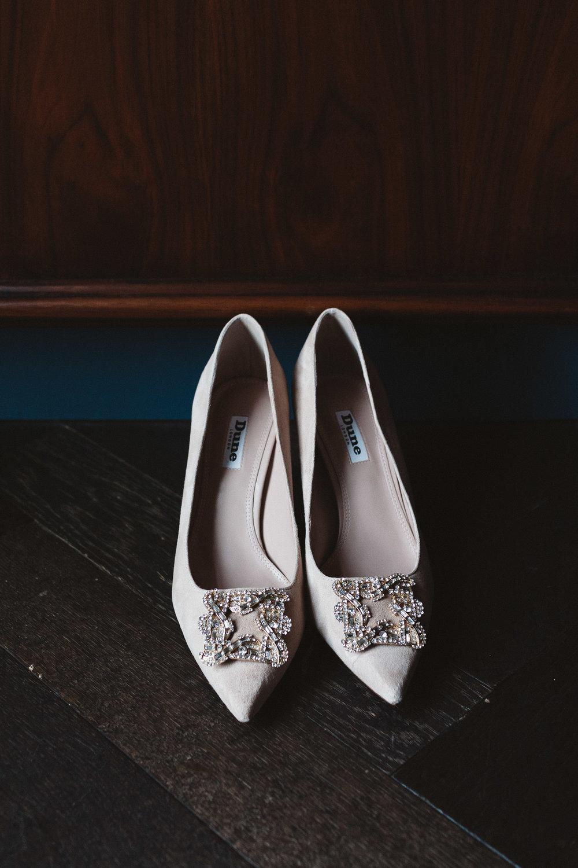 Wedding-Sarah-and-Souren-photography-On-a-hazy-morning121.jpg