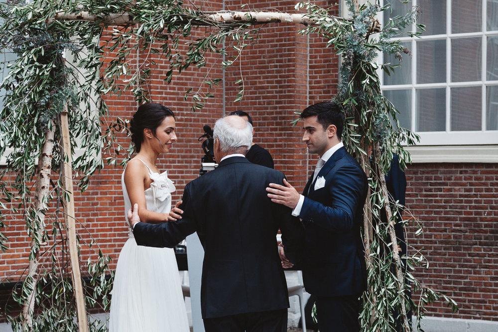 Wedding-Sarah-and-Souren-photography-On-a-hazy-morning235.jpg