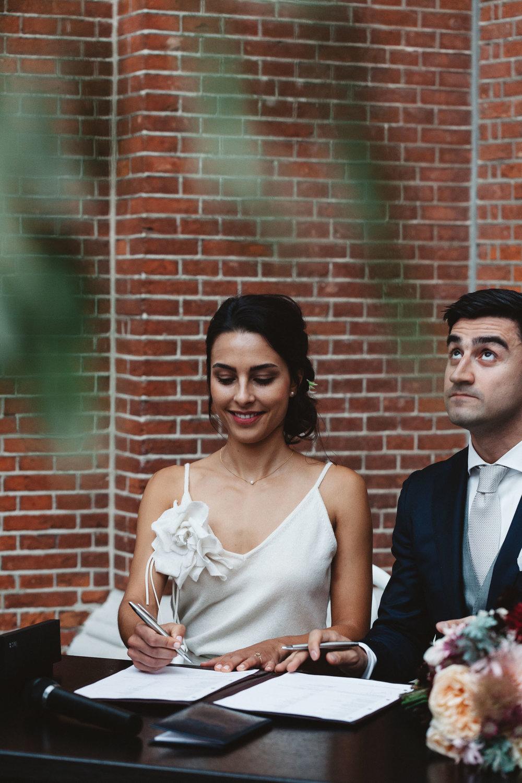 Wedding-Sarah-and-Souren-photography-On-a-hazy-morning293.jpg
