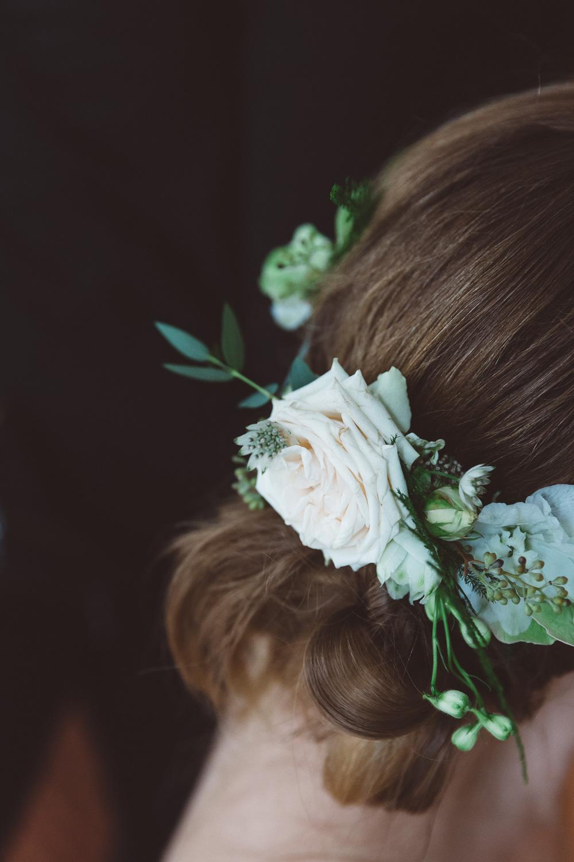 Bruiloft-Liselotte-en-Joram-fotografie-On-a-hazy-morning-weddings-LR002.jpg