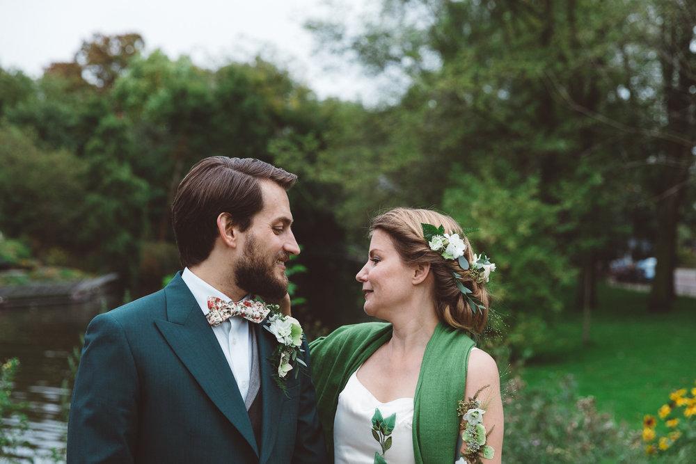 Bruiloft-Liselotte-en-Joram-fotografie-On-a-hazy-morning-weddings-LR095.jpg