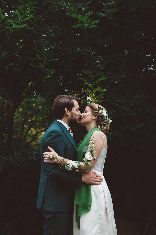 Bruiloft-Liselotte-en-Joram-fotografie-On-a-hazy-morning-weddings-LR113.jpg