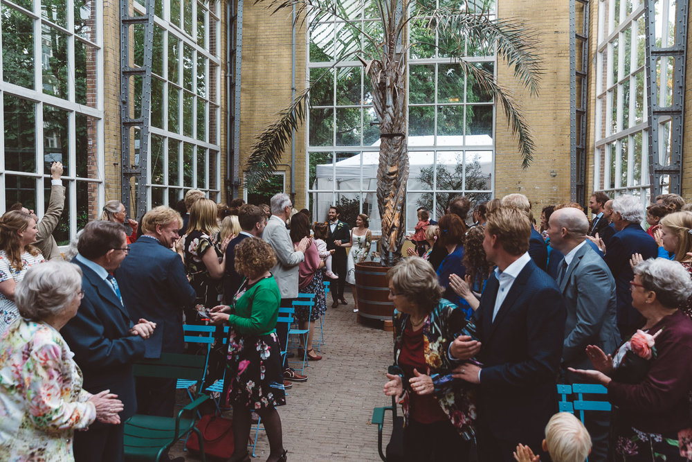 Bruiloft-Liselotte-en-Joram-fotografie-On-a-hazy-morning-weddings-LR123.jpg