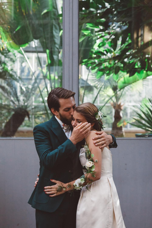 Bruiloft-Liselotte-en-Joram-fotografie-On-a-hazy-morning-weddings-LR183.jpg