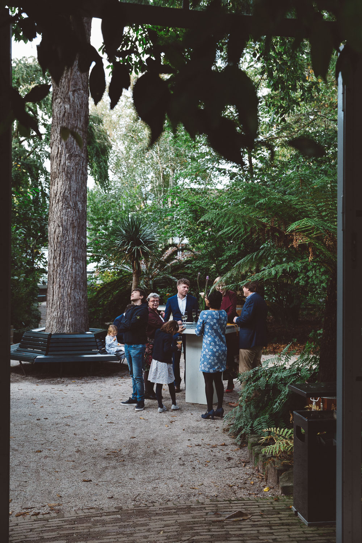 Bruiloft-Liselotte-en-Joram-fotografie-On-a-hazy-morning-weddings-LR263.jpg