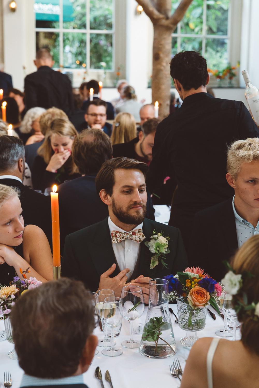 Bruiloft-Liselotte-en-Joram-fotografie-On-a-hazy-morning-weddings-LR319.jpg