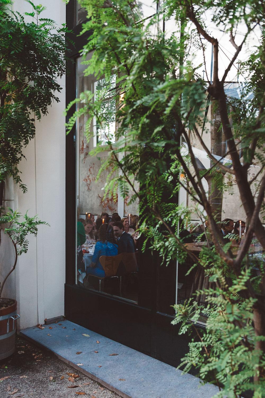 Bruiloft-Liselotte-en-Joram-fotografie-On-a-hazy-morning-weddings-LR323.jpg
