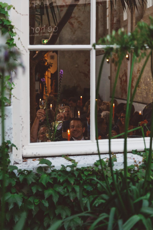 Bruiloft-Liselotte-en-Joram-fotografie-On-a-hazy-morning-weddings-LR328.jpg
