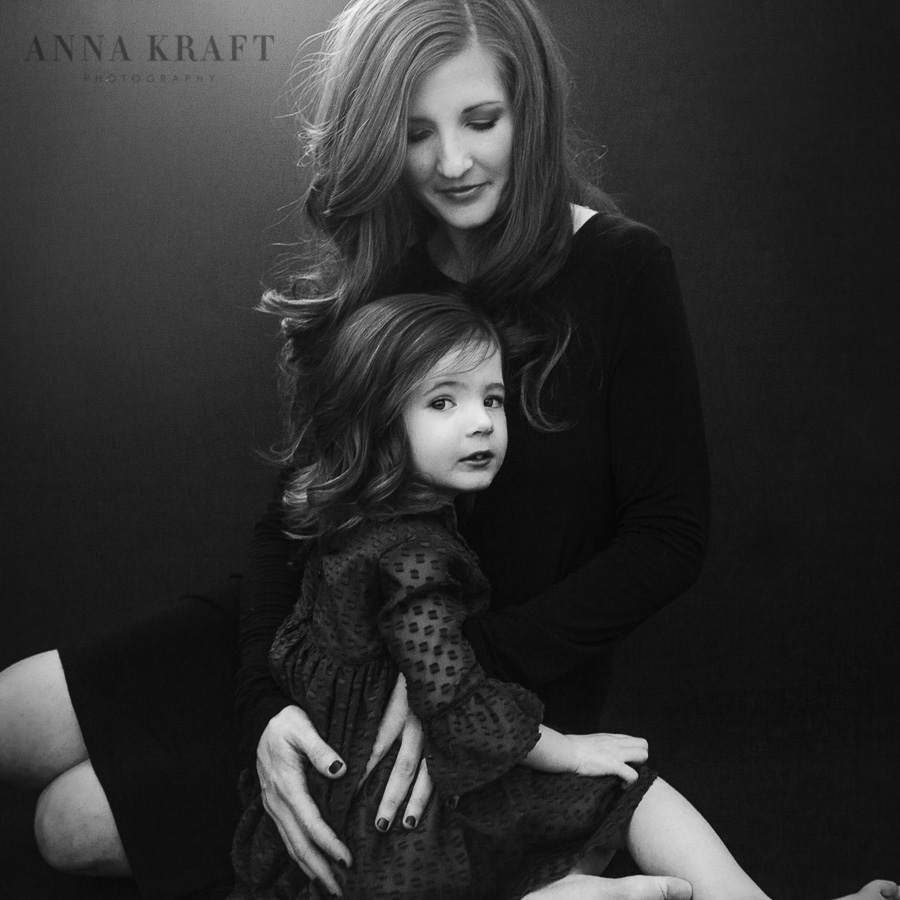 anna_kraft_photography_mother_daughter_georgetown_custom_boutique_portrait-4.JPG