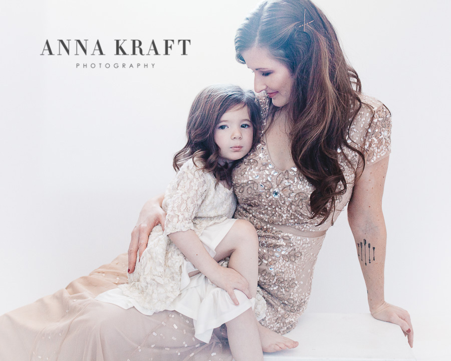 anna_kraft_photography_mother_daughter_georgetown_custom_boutique_portrait-9.JPG