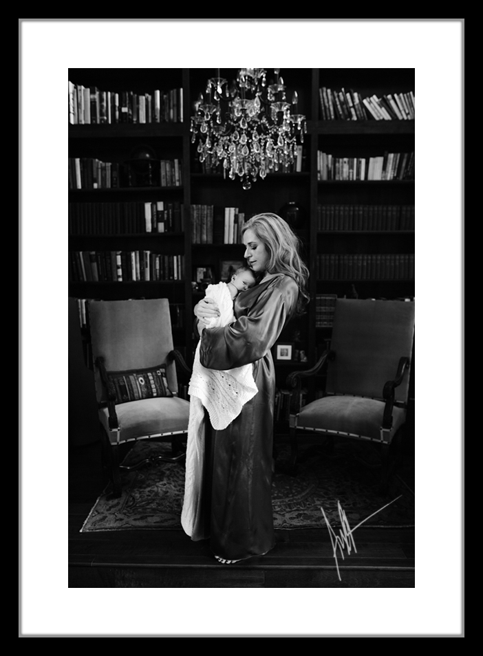 berry-creek-give-away-anna-kraft-photography-motherhood-studio-portrait.jpg