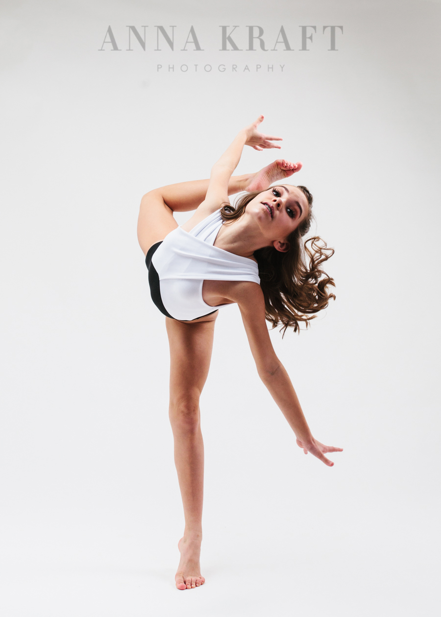 anna_kraft_photography_georgetown_square_studio_dance_portrait-18.jpg