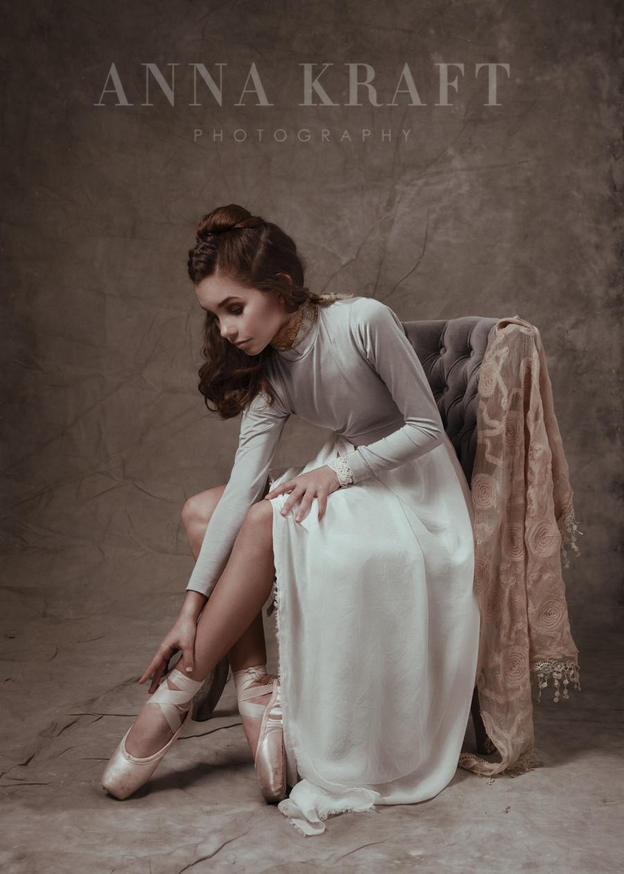 anna_kraft_photography_georgetown_square_studio_dance_portrait-36.jpg