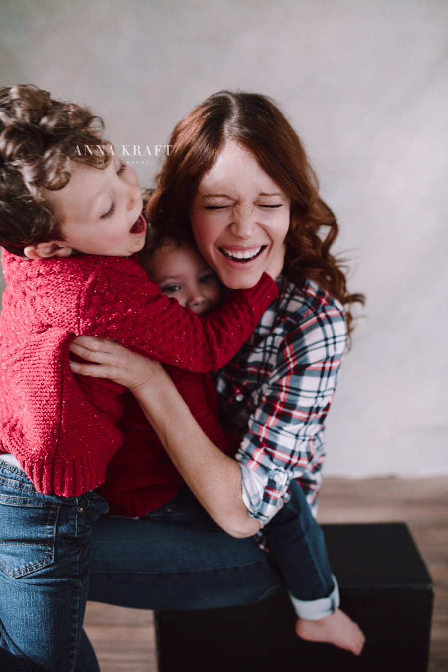 anna_kraft_photography_georgetown_square_studio_family_portrait-25.jpg