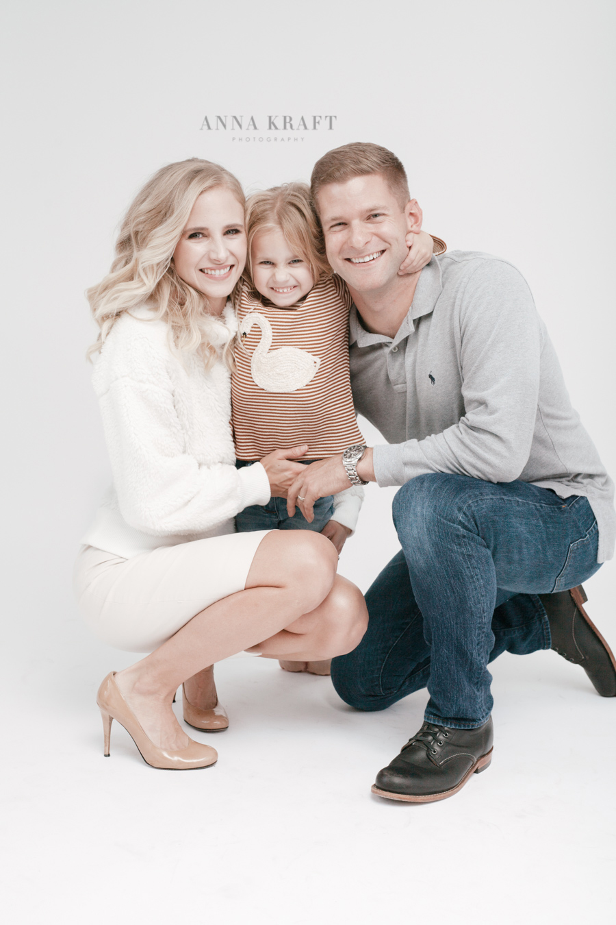anna_kraft_photography_georgetown_square_studio_family_portrait_Christmas_walters_pictures-17.jpg