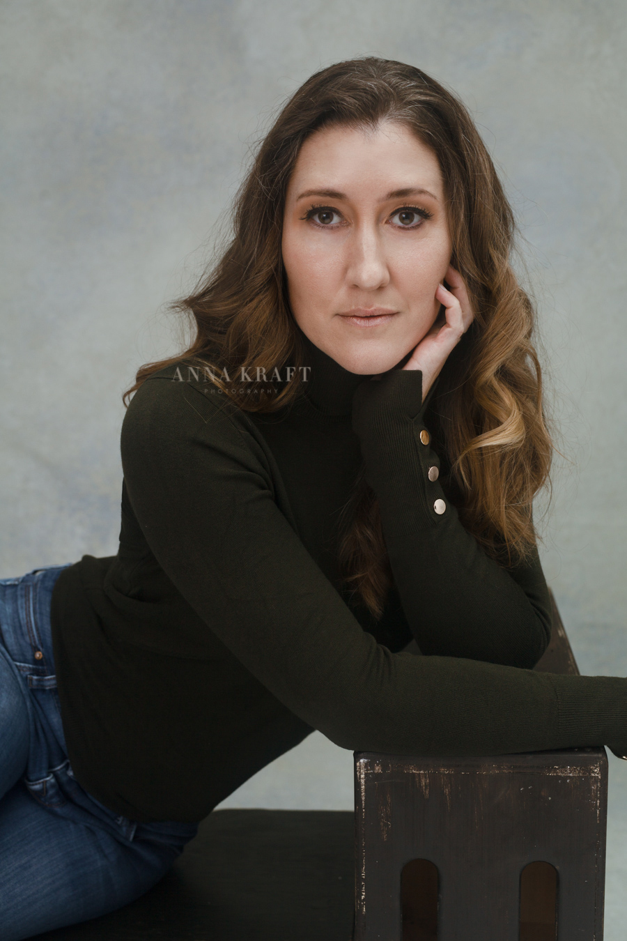 anna_kraft_photography_georgetown_square_studio_motherhood_beauty_portrait-4.jpg