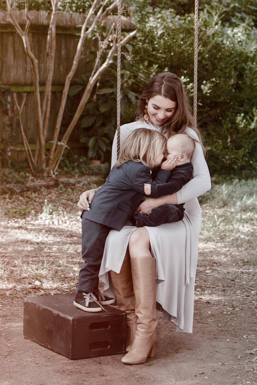 anna-kraft-photography-on-location-family-portrait-studio.jpg