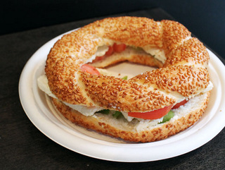 simit-feta-tomato.jpg