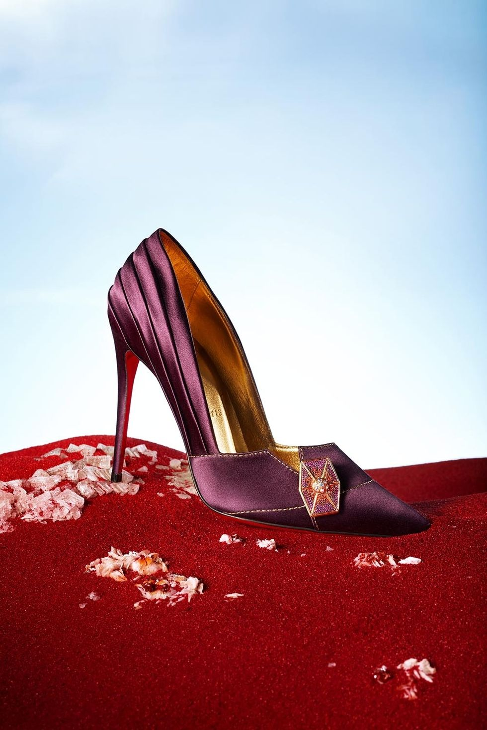Vice Admiral Amilyn Holdo - This regally plum pump is inspired by the Vice Admiral who rocks lavender hair in the film. The drapery on the shoe mimics the fabric of her costume.
