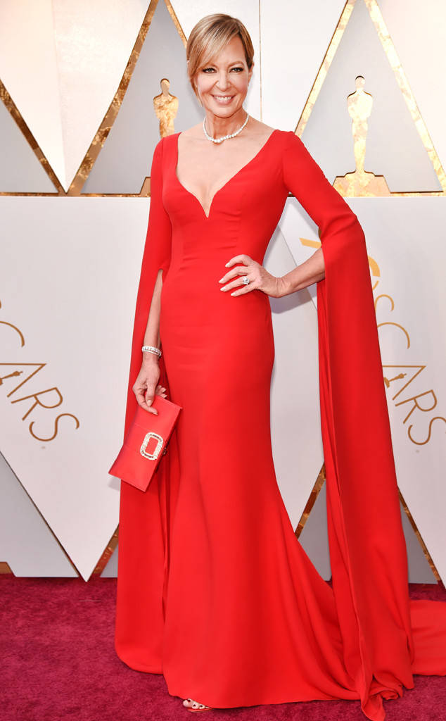 ALLISON JANNEY/Oscar 2018 Winner - Best Supporting Actress  | PHOTOGRAPHY Kevin Mazur/Wire Images |   STYLIST Tara Swennen | REEM ACRA Dress | FOREVER MARK Jewelry | JIMMY CHOO Shoes | ROGER VIVIER Clutch |