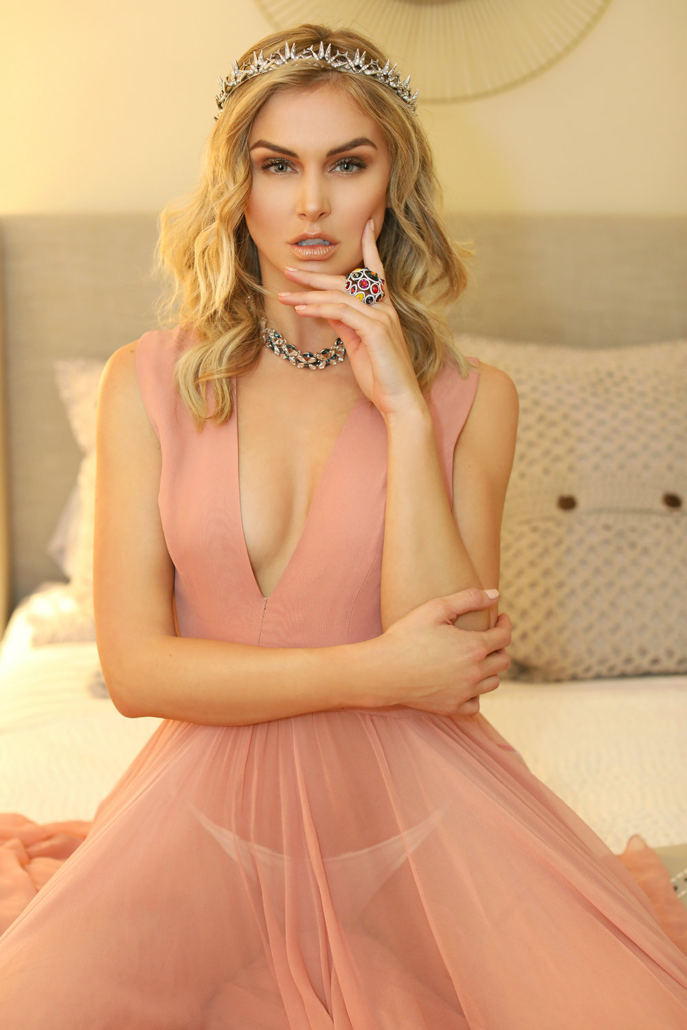 AM MAY HOLDING COURT WITH LALA KENT-10.jpg