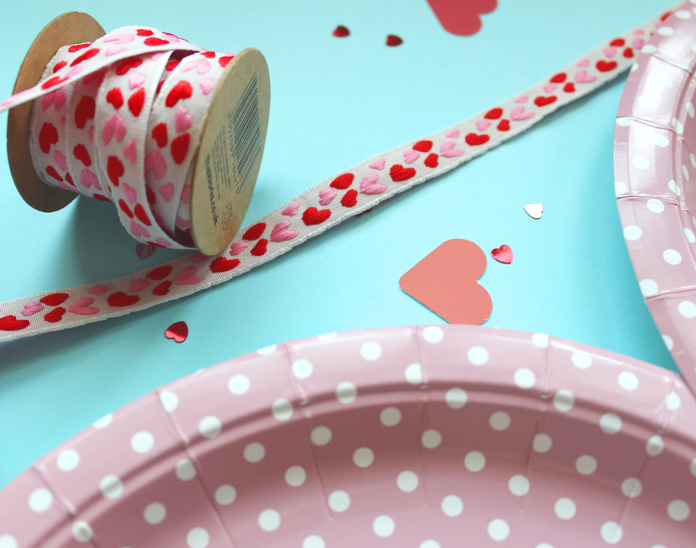 paper plate heart bag