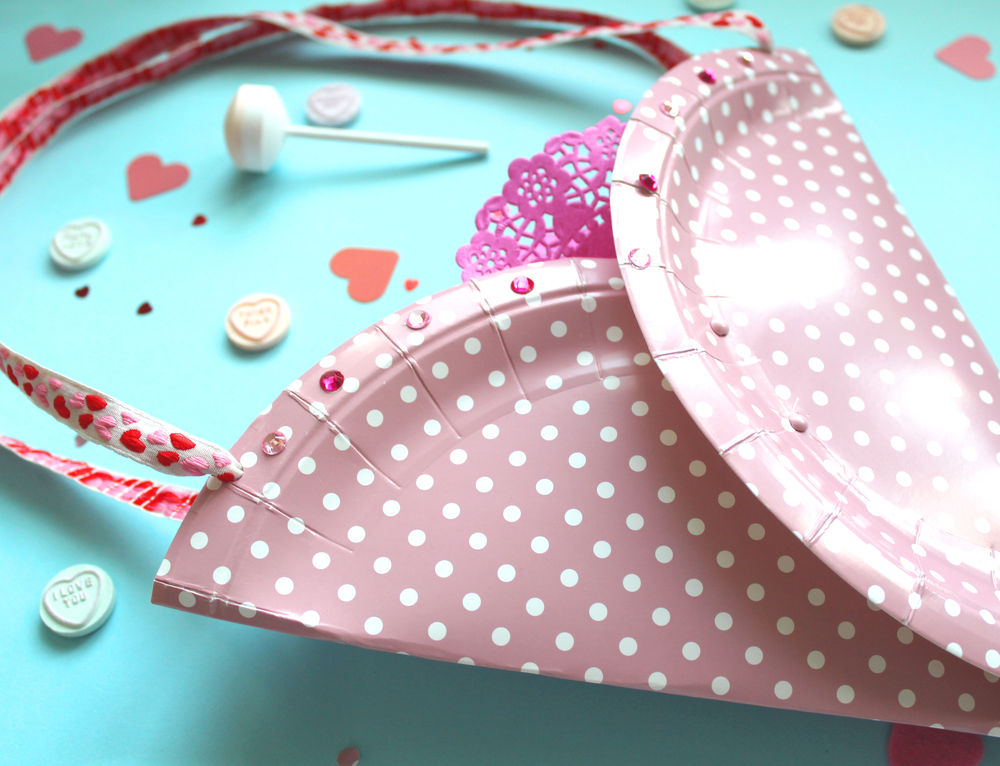 how to make a valentines treat bag