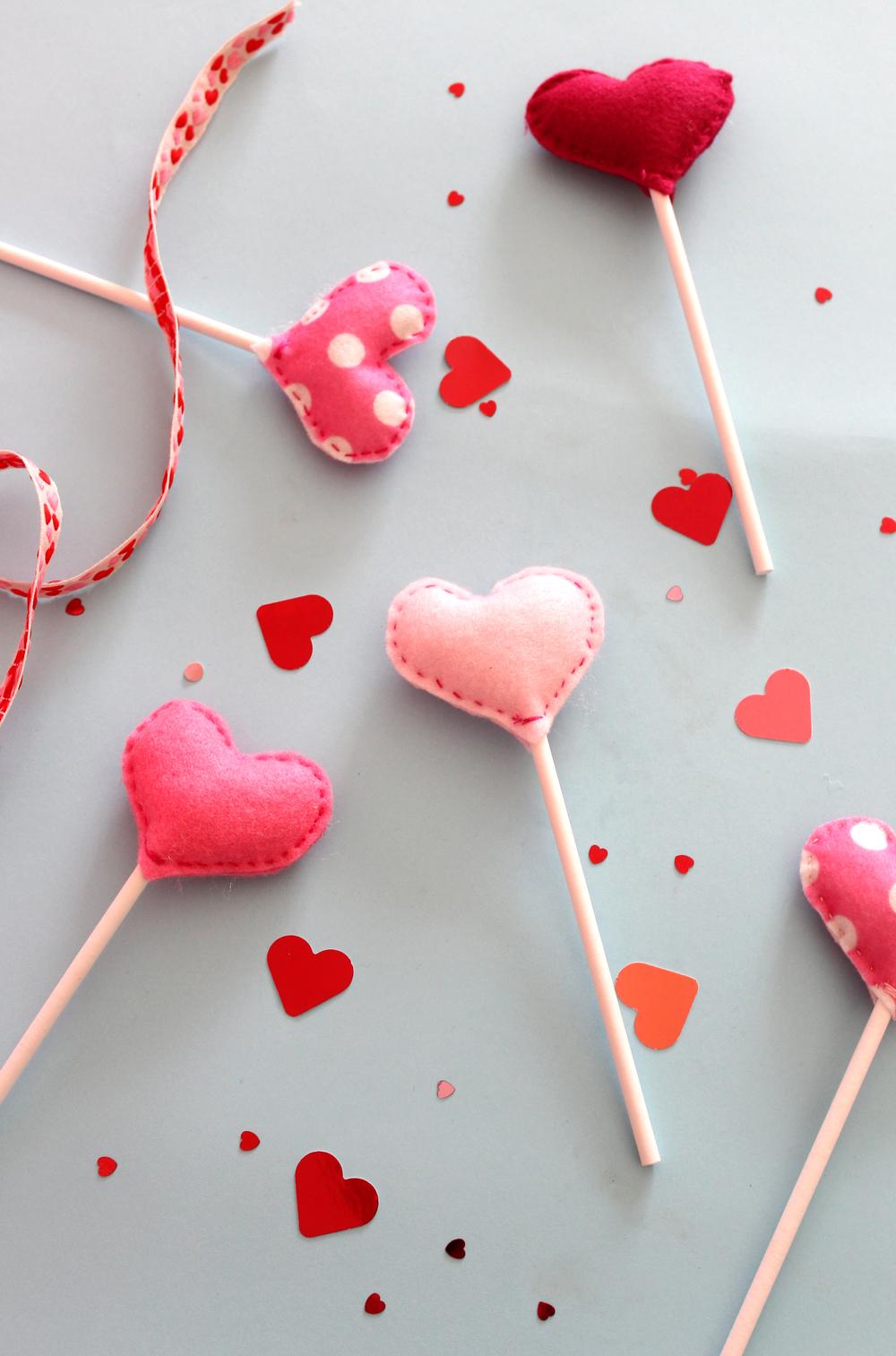 felt heart wands