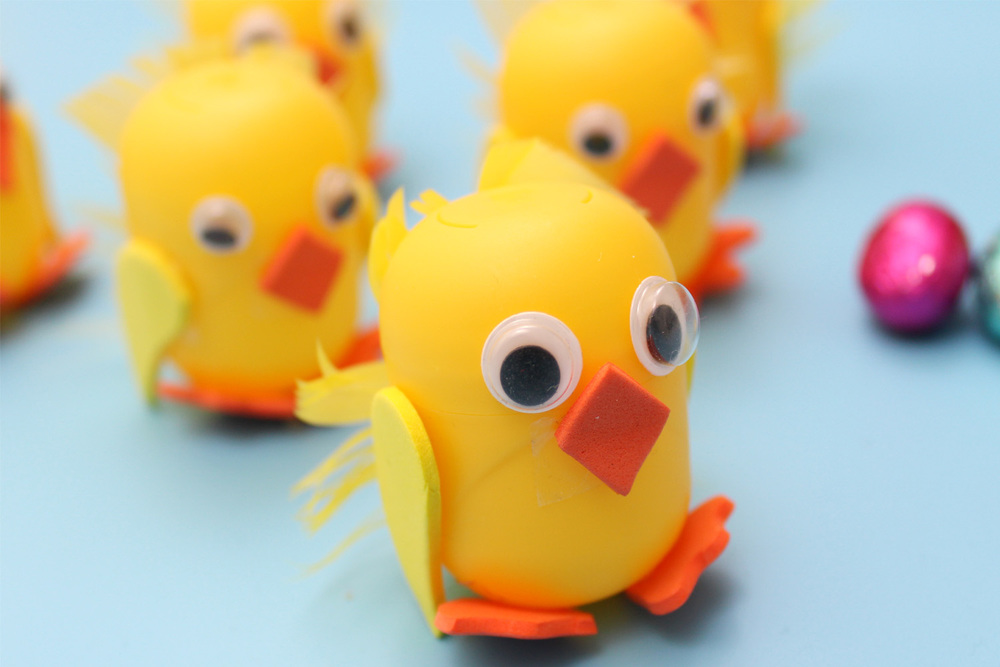 kinder egg chicks