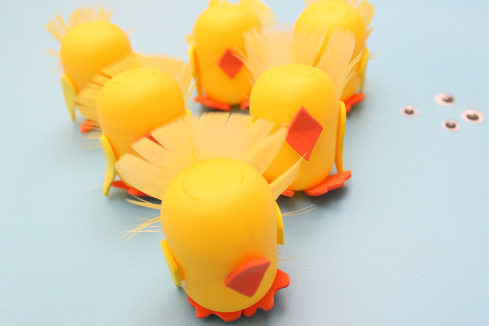 how to make kinder egg chicks