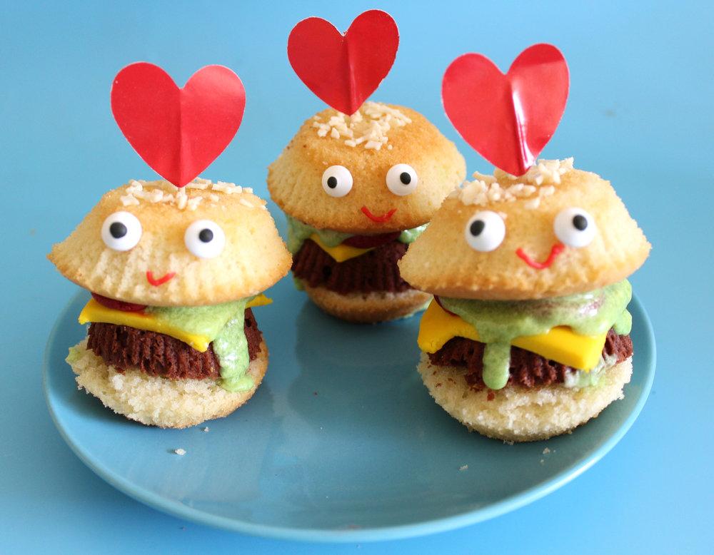 cute hamburger cakes