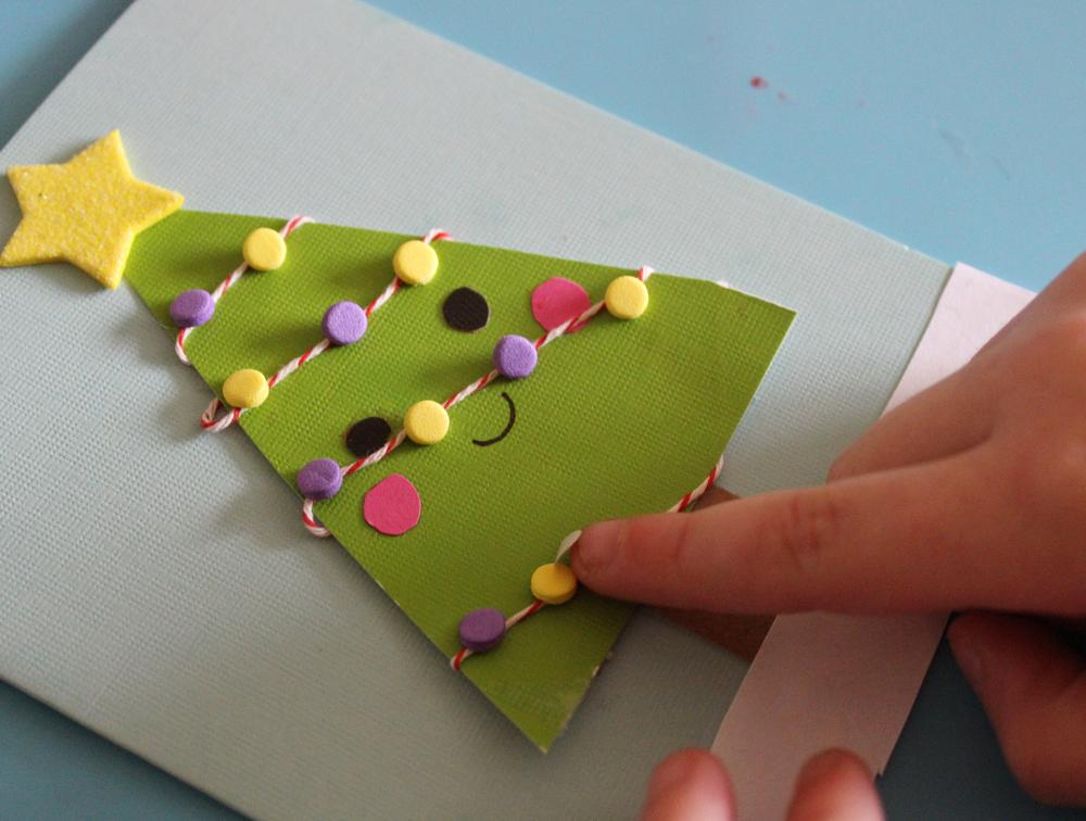 how to make a kid made christmas card