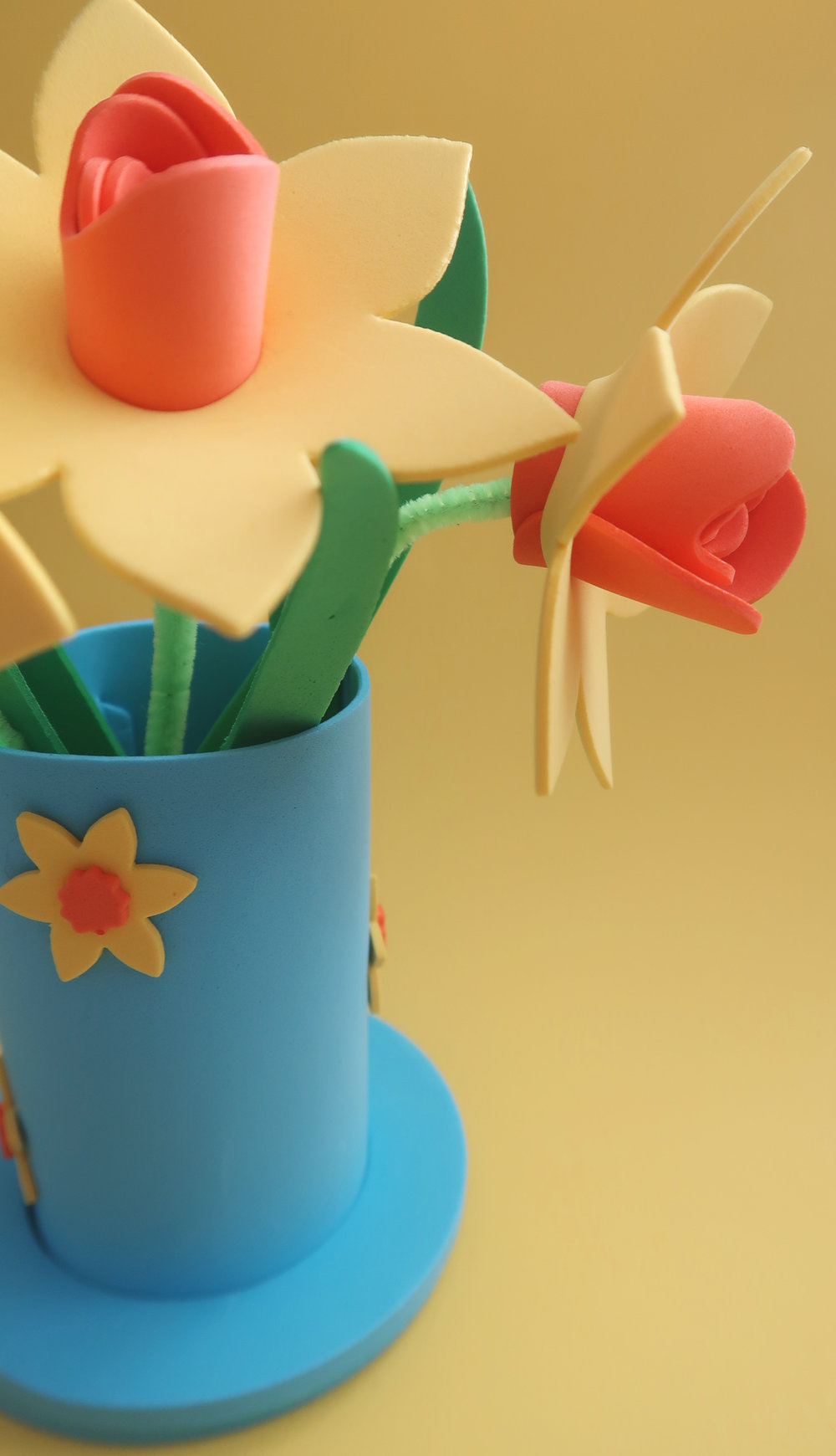 foam daffodil kit