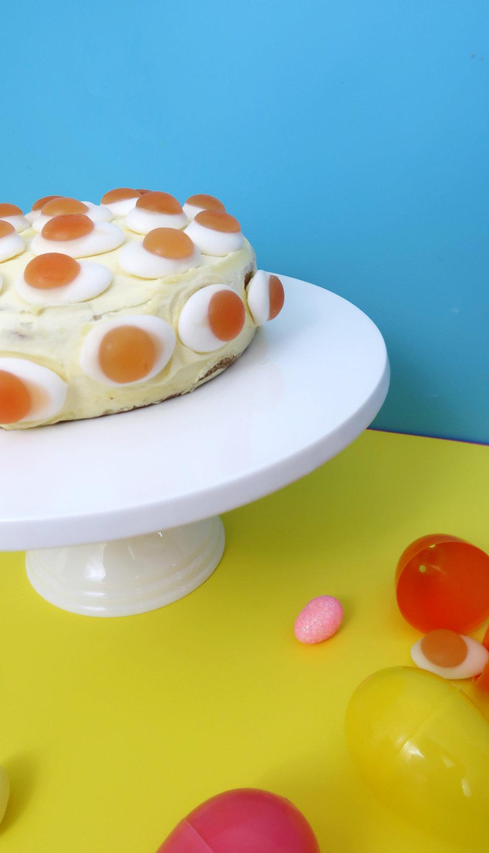how to make a fried egg easter cake