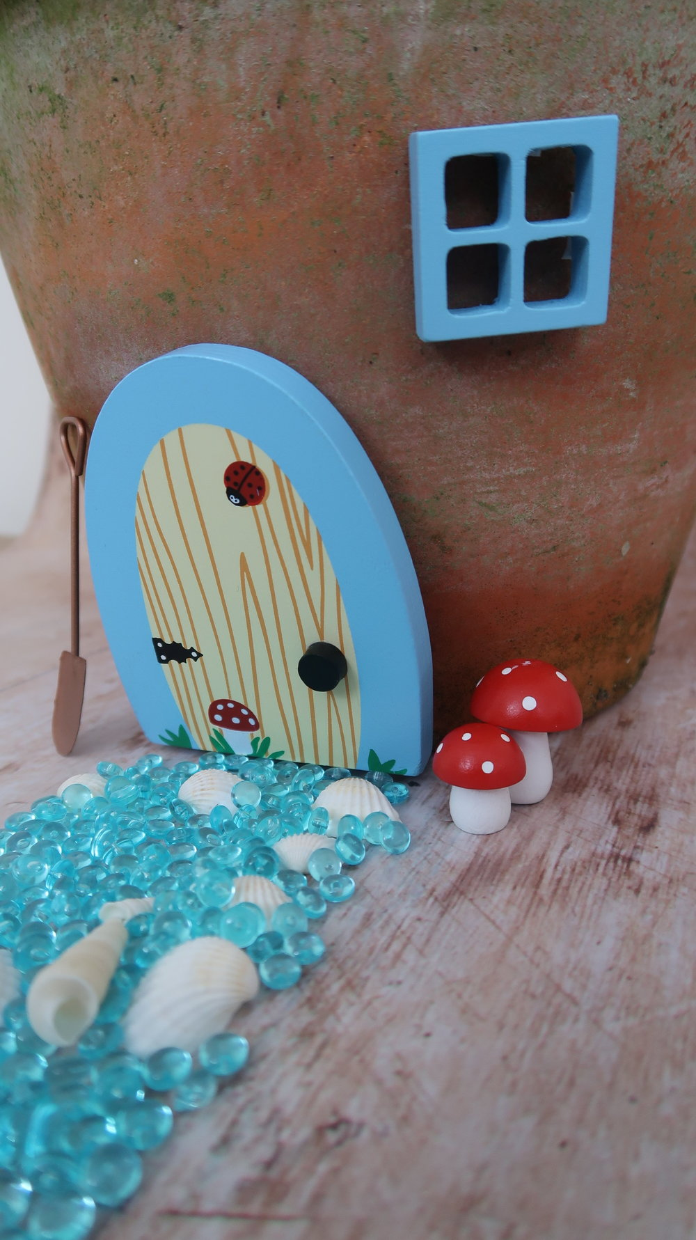 How to make a fairy garden for kids