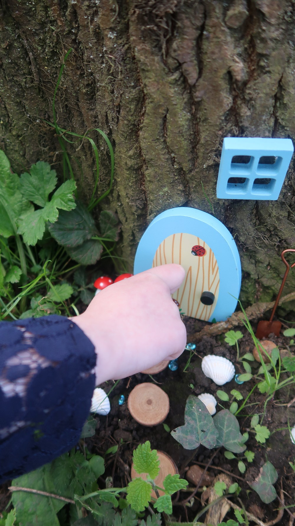 how to make a fairy door
