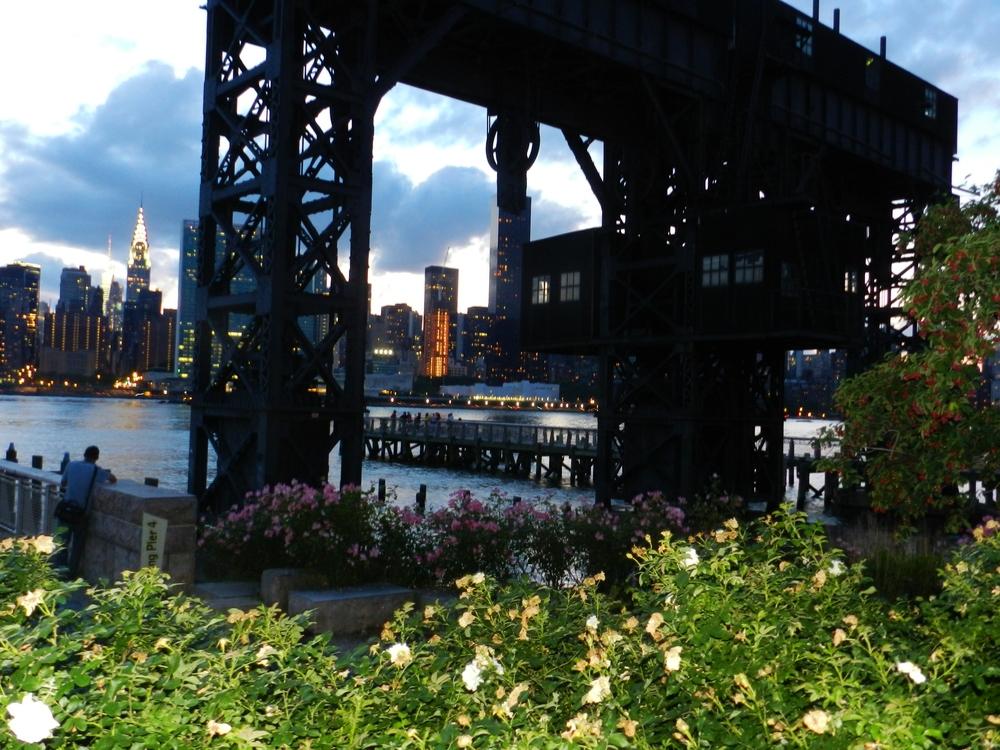 gantry-park-nyc-city-view
