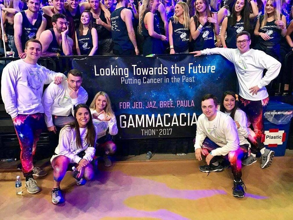 Penn State Brothers and their THON 2017 partners, the women of ΓΦΒ (Gamma Phi Beta).