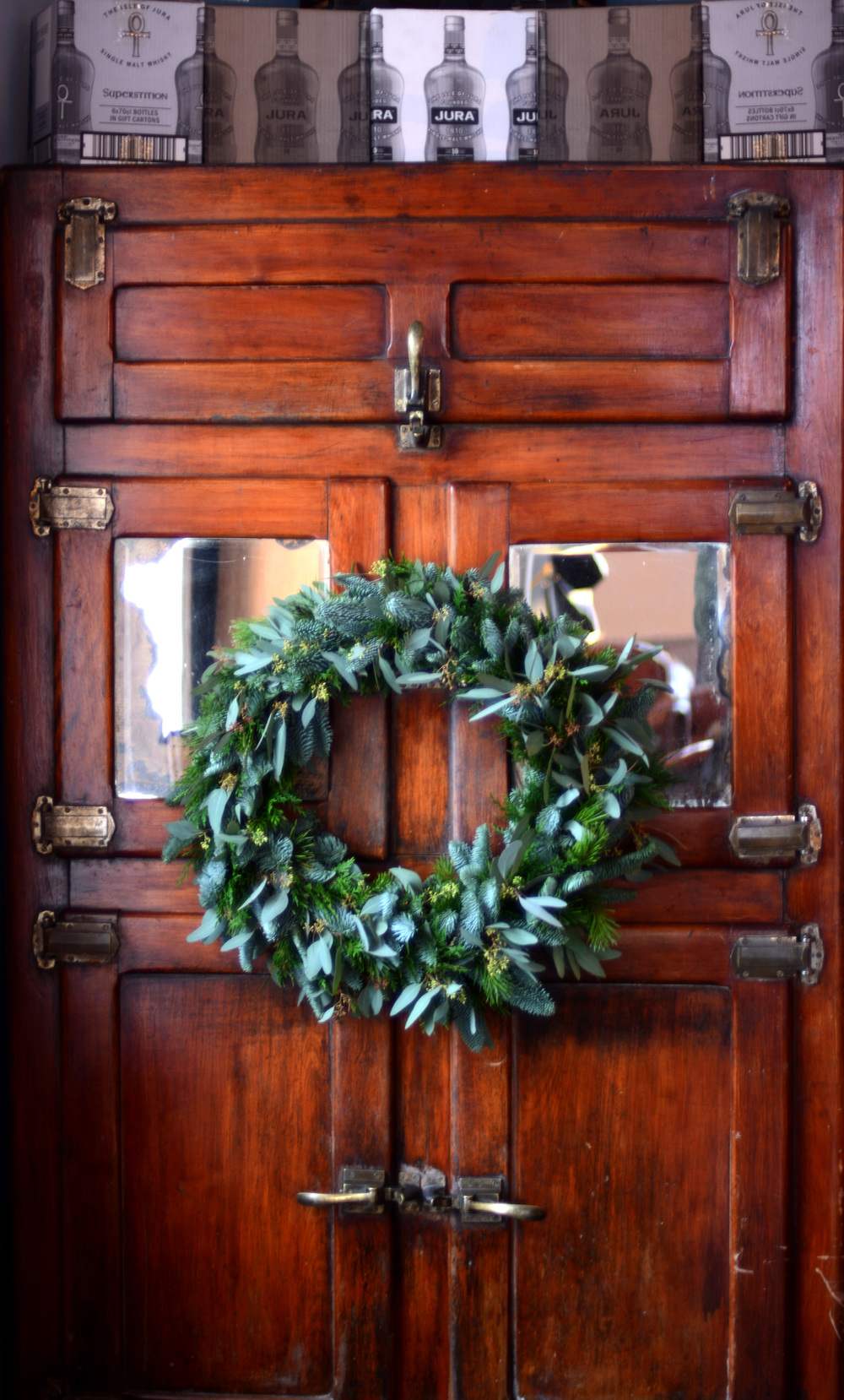 Wreath on Wardrobe Door.jpg