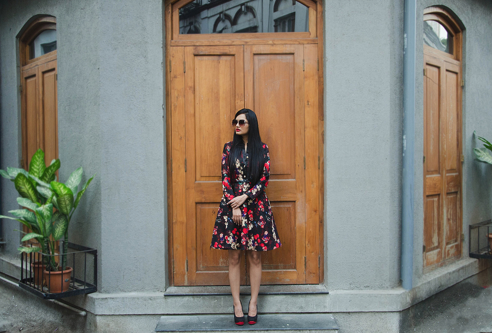 The-Chic-Armoire-by-Nidhi-Kunder-Flowerbomb-2