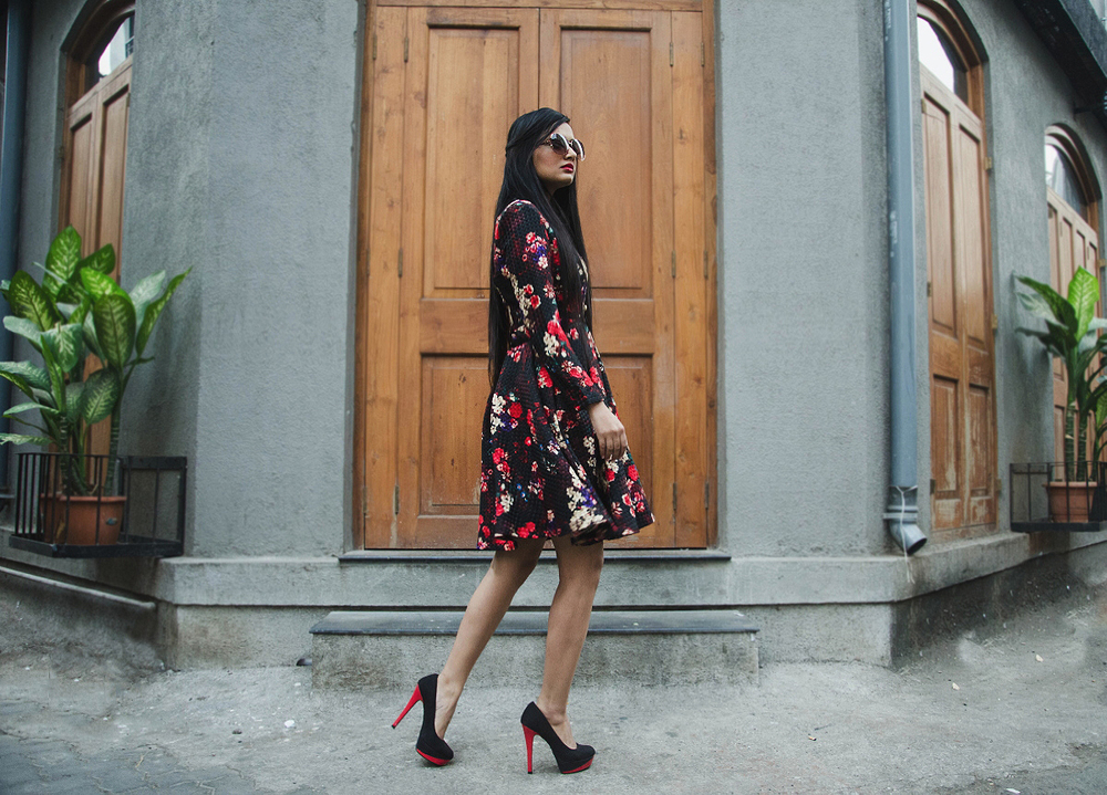 The-Chic-Armoire-by-Nidhi-Kunder-Flowerbomb-7