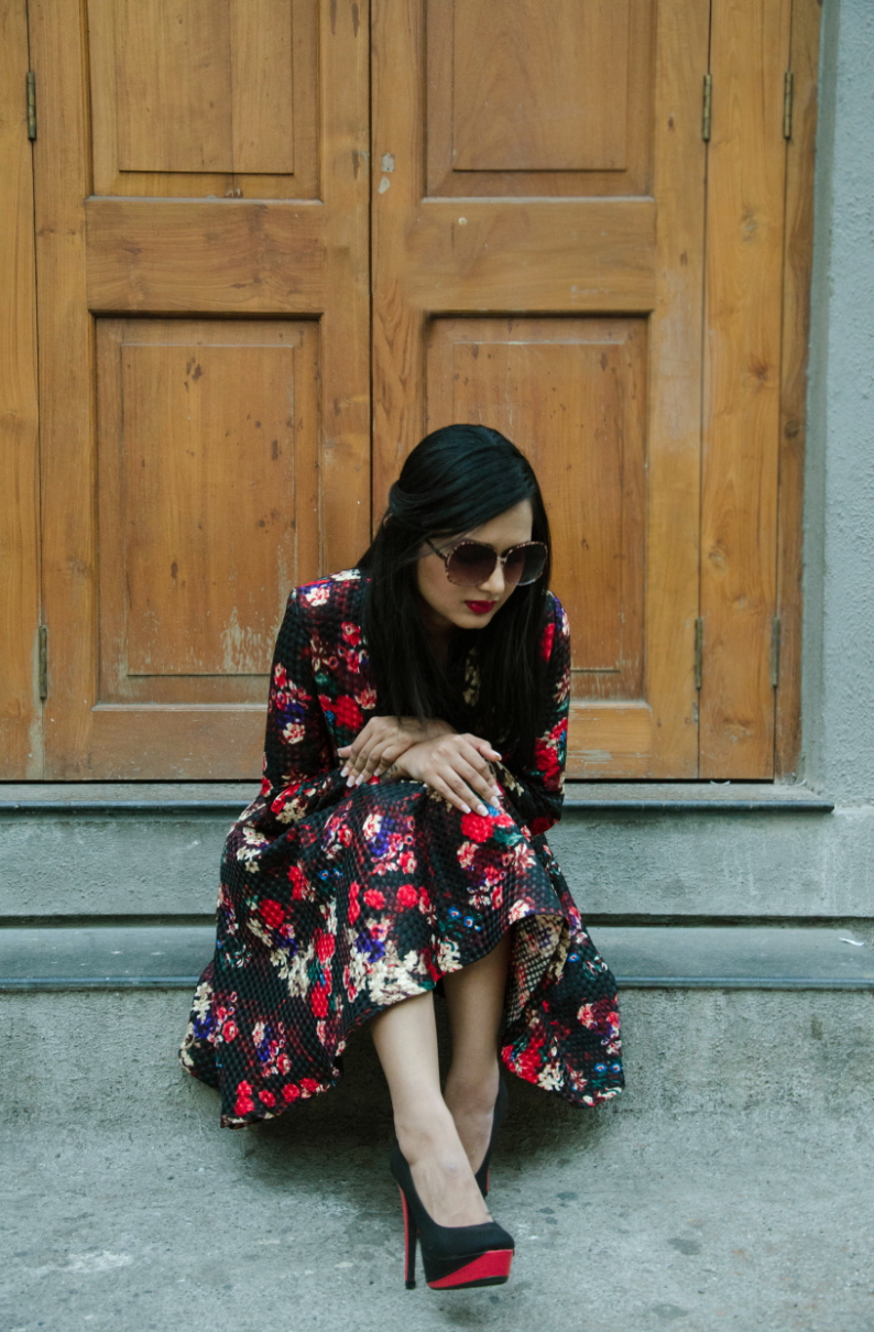 The-Chic-Armoire-by-Nidhi-Kunder-Flowerbomb-11