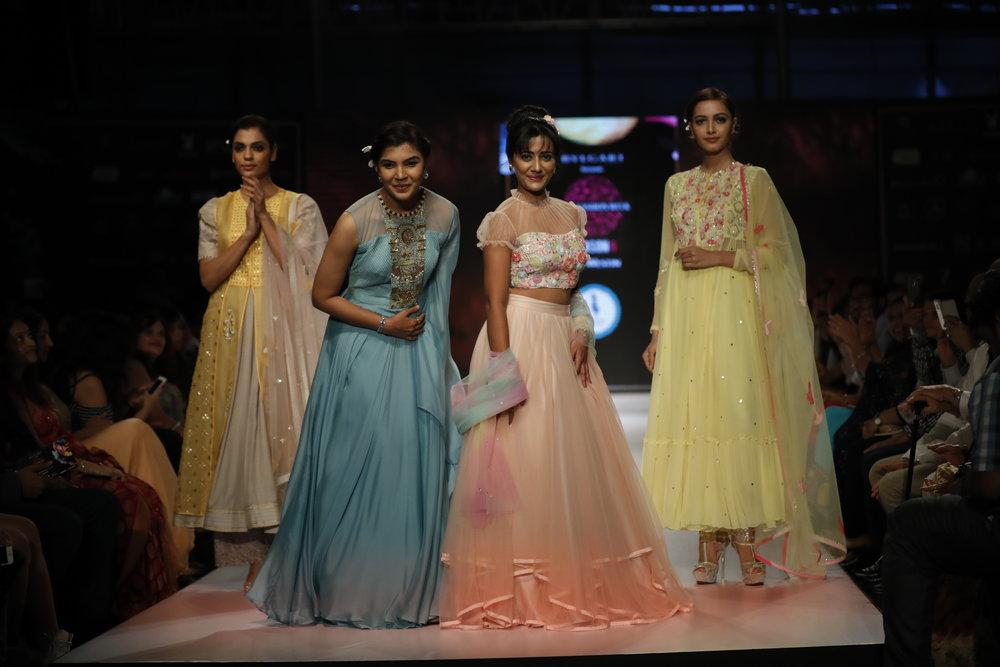 Mrs. India Globe Elakshi Morey as showstopper with Designer Hina Madumal