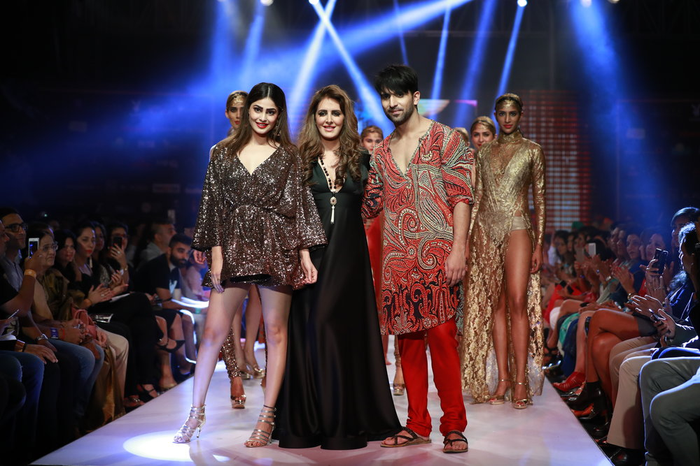 Actress Puja Gupta as showstopper with Designer Priya Kataria Puri's collection for Smile Foundation