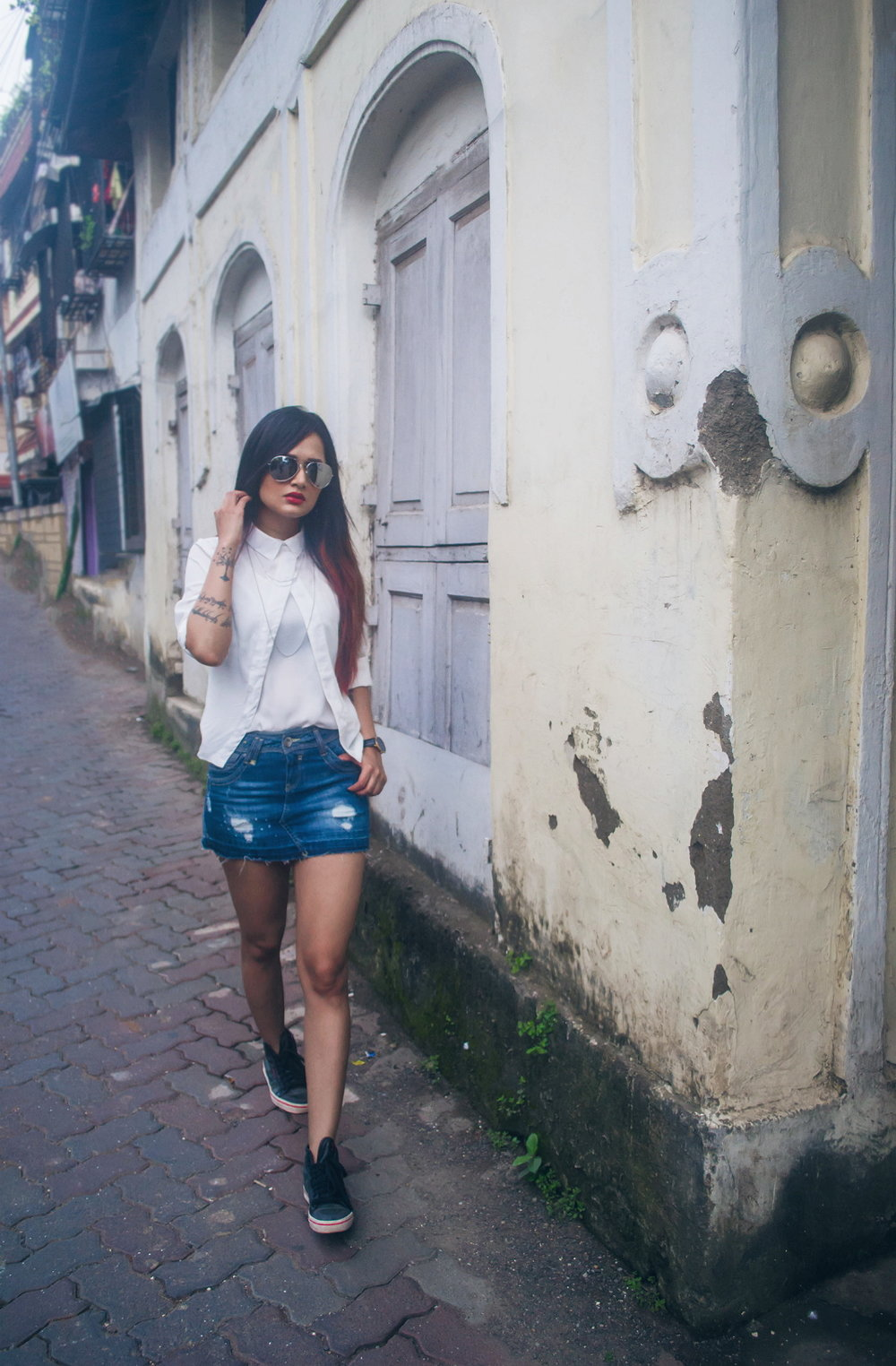 The-Chic-Armoire-by-Nidhi-Kunder-Denim-Mini-Skirt-6