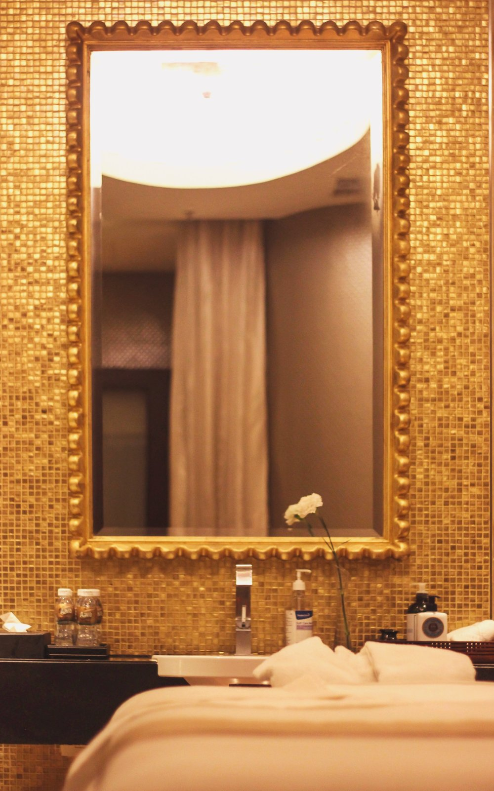 sofitel-sospa-the-chic-armoire-nidhi-kunder-5