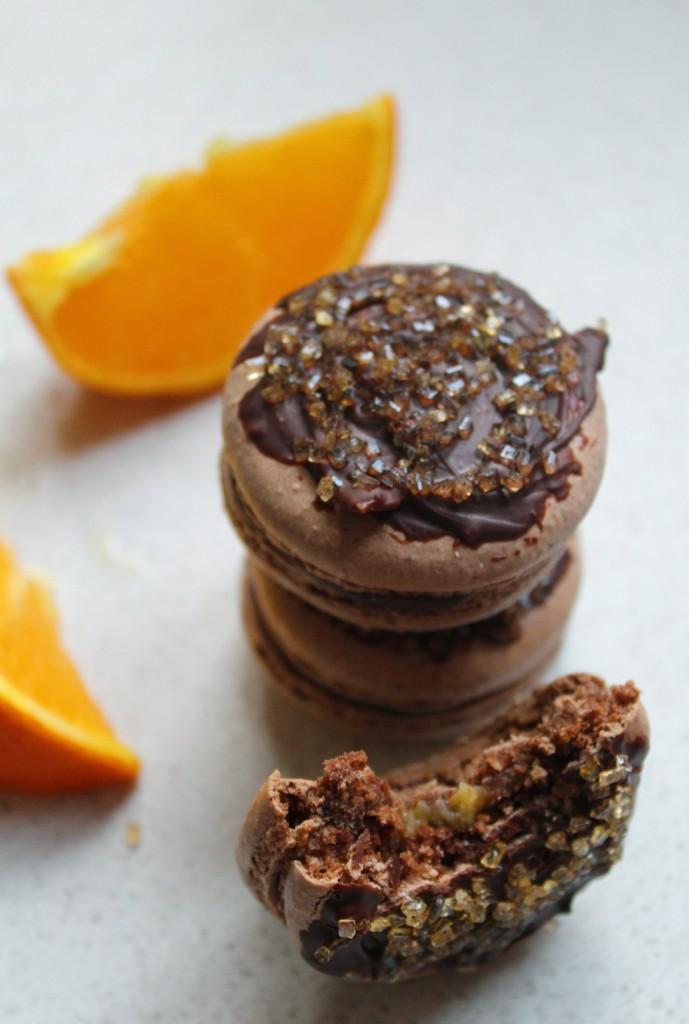 chocolate-orange-macarons-2-689x1024.jpg